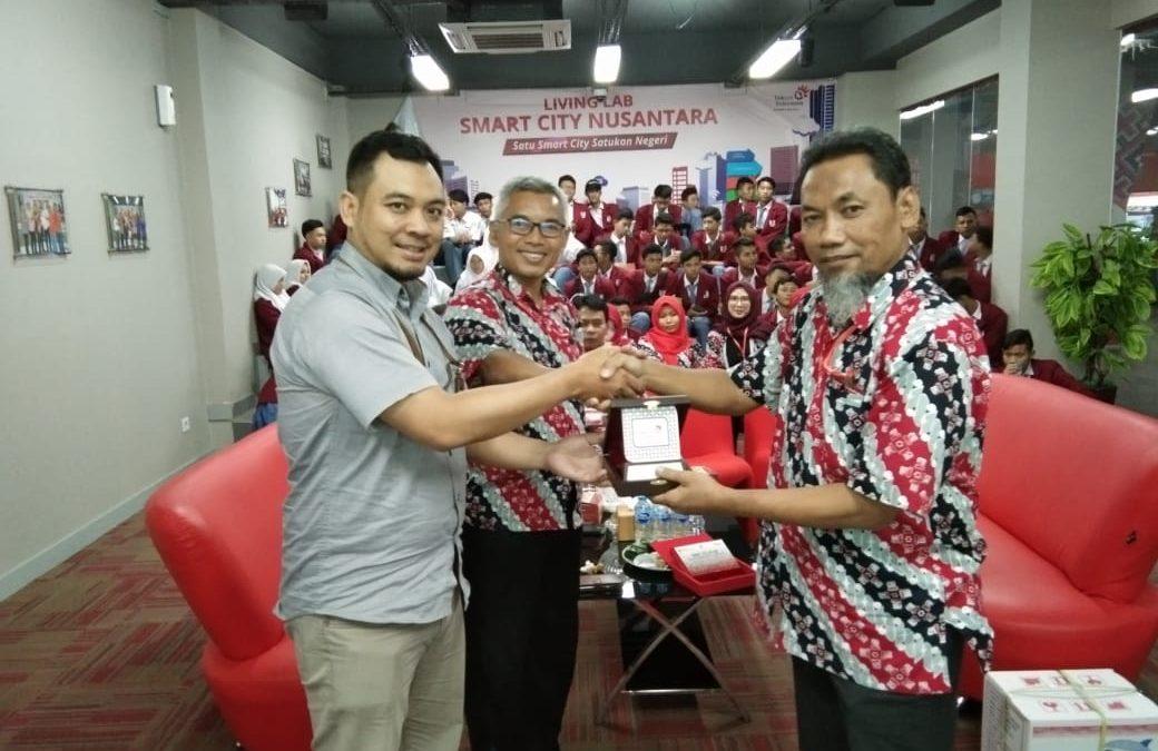 Kunjungan Industri SMK Telkom Sekar Kemuning Cirebon ke Jakarta