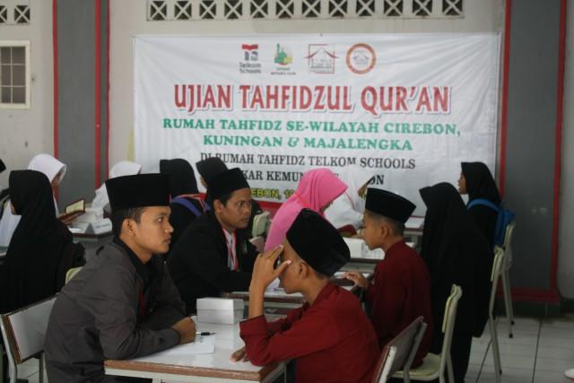 Pembagian Sertifikat Tahfidz dari Ujian Tahfidz Rumah Tahfidz Telkom